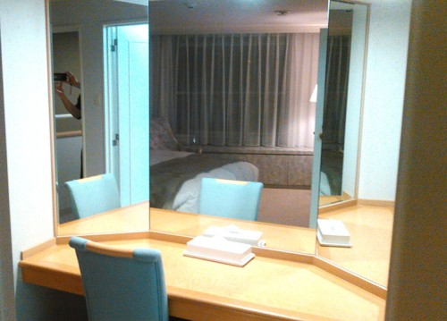ルスツホテル3面鏡