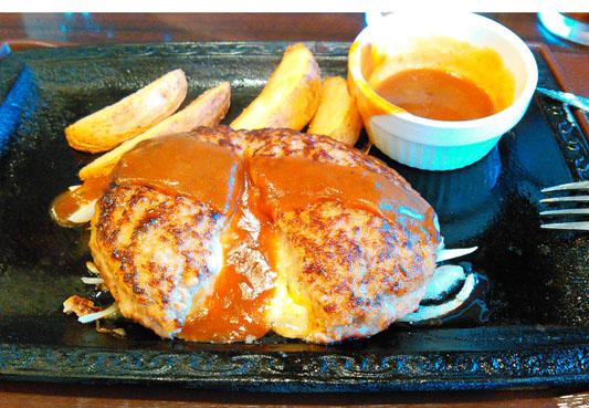 チーズインハンバーグ ステーキガスト 食べ放題 割引き クーポン サラダバー メニュー ランチ