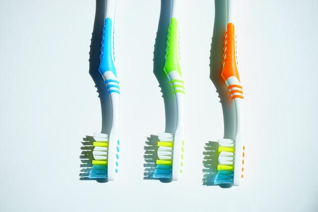 【ヒルナンデス|歯ブラシ】歯医者さんが使っているおススメ5選 歯茎も舌も磨く