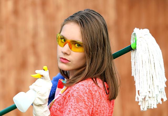 【マツコの知らない世界|スキ間掃除グッズベスト7】ガスコンロやキーボード・水筒の隙間を大掃除!