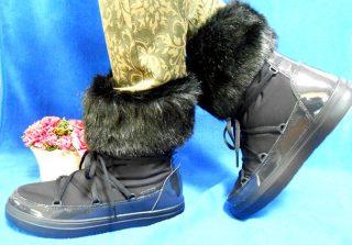 【クロックスのレディースファーブーツ】雪でも可愛く疲れず暖か!ロッジポイント レース ブーツ ウィメン