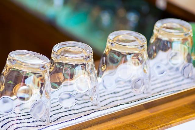 【マツコの知らない世界 日用品】氷が溶けないグラスやパン切り包丁・靴べらに注目!