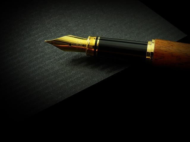 【マツコの知らない世界 文房具】万年筆や修正液!管未里おすすめアニマル文房具も