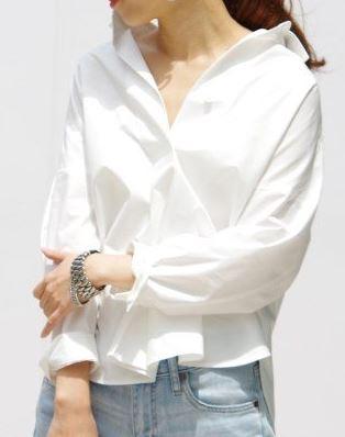 深田恭子 白のシャツ