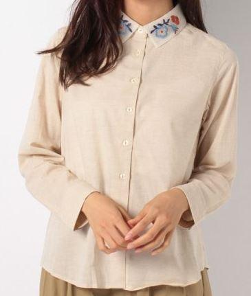 サーヤの刺繍襟のシャツ