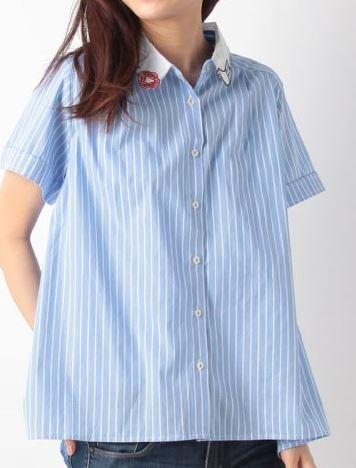 松岡茉優の襟刺繍ブラウス