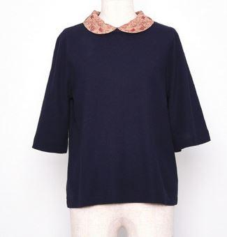 まつおか茉優 襟刺繍のポロシャツ