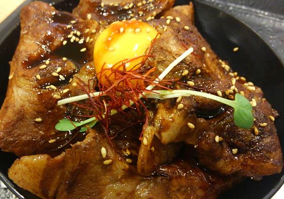 新千歳空港の豚丼