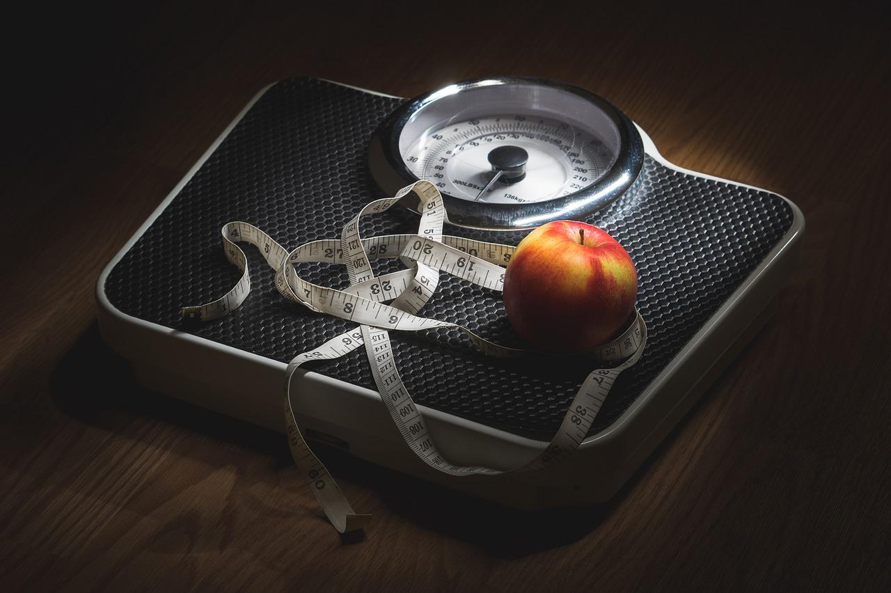 【得する人損する人 最新ラクやせダイエット】高橋克典のラクヤやせ体操&玉ねぎヨーグルト(+納豆)のレシピ