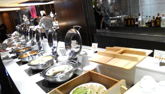 ニセコノーザンリゾートアンヌプリ レストラン 食事 ランチ おすすめ 休憩所