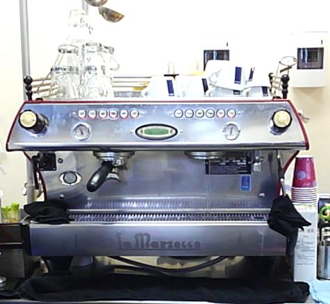 HANAZONOスキー場「レストラン&カフェ308」コーヒーマシン