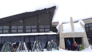 【ニセコHANAZONOスキー場 レストラン&カフェ308】食事やビールは勿論!格好いいTシャツも