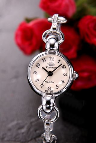 中村アン 腕時計