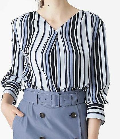 スーツ 新木優子 ストライプのシャツ 衣装 鈴木保奈美 ファッション