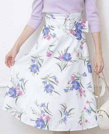 花柄スカート 初めて恋をした日に読む話 高梨臨 衣装 はじこい 洋服