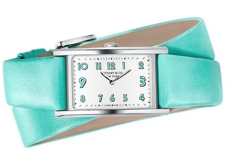 スーツ2 新木優子 腕時計 洋服 衣装 ブランド